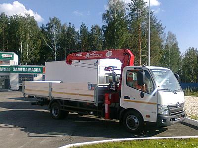 Hino 300 Unic URV-374